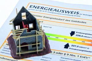 Immobilienmaklerin Savina Reuter zum Thema Energieausweis